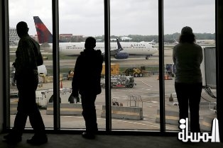 Delta grounds flights after network outage