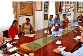 Hospitality and Tourism Association of Seychelles meet islands Minister responsible for Tourism as 2016 comes to a close