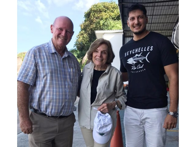 Seychelles politician meets Dr. Sylvia Earle, the recognised champion for ocean protection